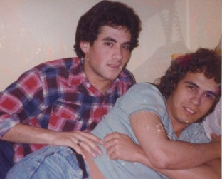 37. RICH_&_ROB_cuddle_at_Rutgers_1976.jpg